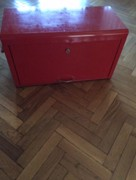 ინსტრუმენტების შესანახი ყუთი
