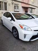 Toyota Prius 2014 წლის ქირავდება დღიურად 60₾